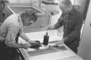Ellsworth Kelly and Kenneth Tyler applying coloured pulp through an image mold for a work from the 'Coloured paper image' series, Tyler Graphics Ltd., Bedford Village, New York, 1976. Photograph Betty Fiske