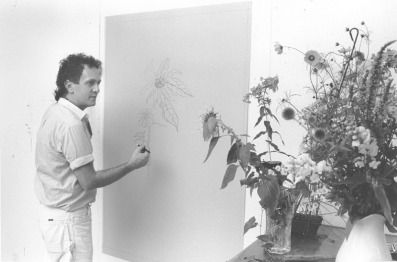 Ed Baynard drawing in the studio at Tyler Graphics Ltd., Bedford Village, New York, 1980. Photo: Lindsay Green