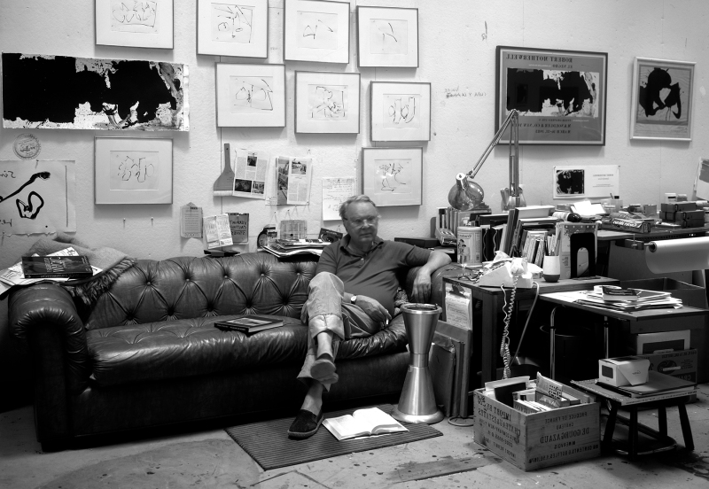 Robert Motherwell in his studio, Greenwich Village, November 1983. Photo: Steven Sloman